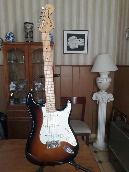 Guitarra eléctrica Fender Stratocaster American Special USA