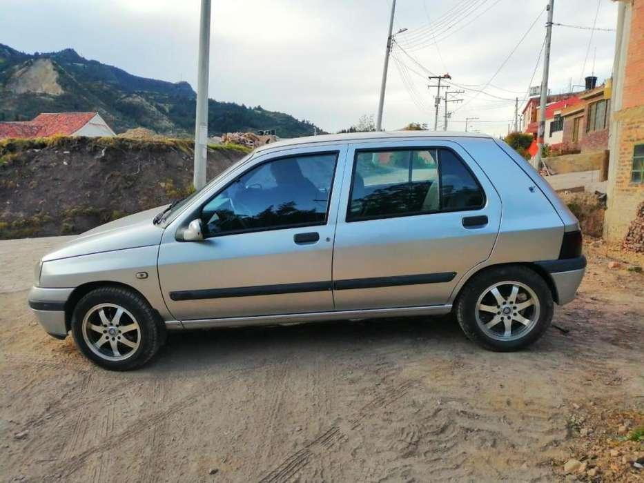 Renault Clio  1997 - 217156 km