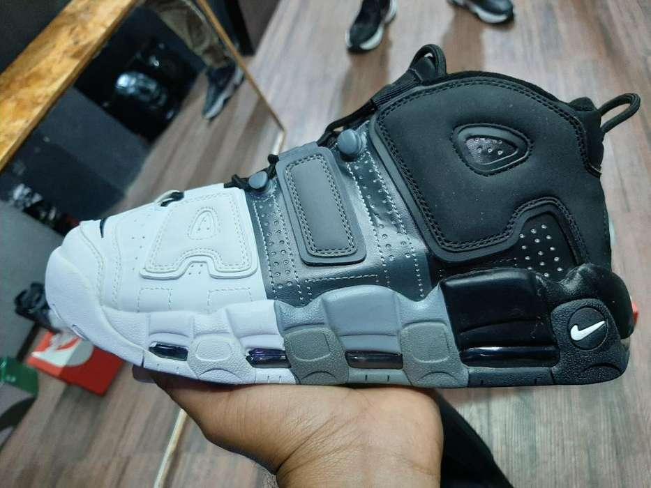 Nike Uptempo Originales