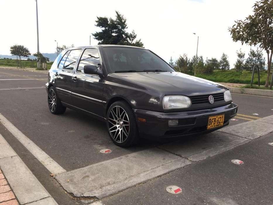 Volkswagen Golf 1995 - 175000 km