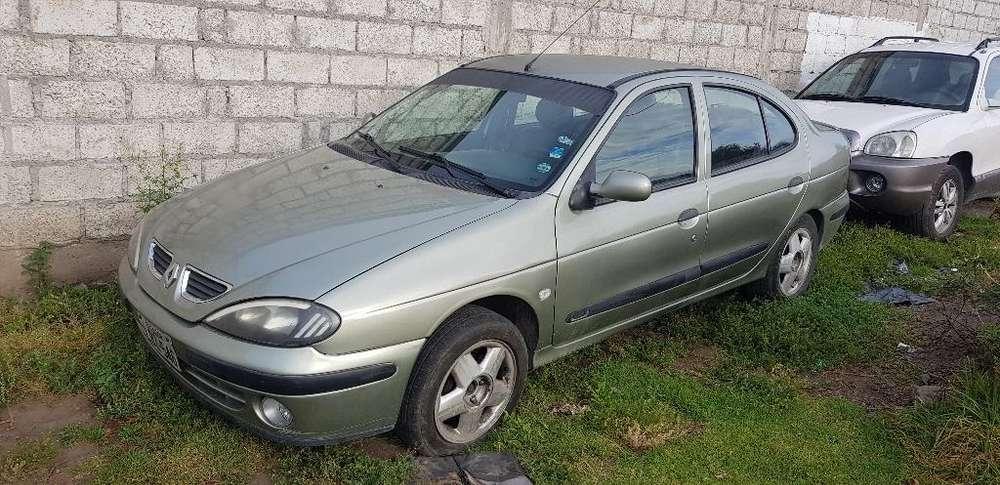Renault Megane  2004 - 267401 km