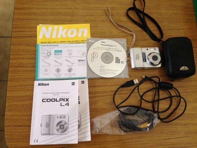 Compact Digital Camara Nikon Coolpix L4