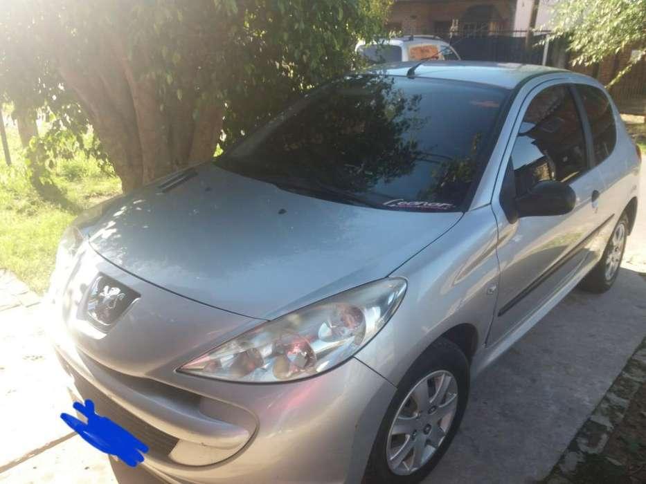 Peugeot 207 Compact 2012 - 125000 km