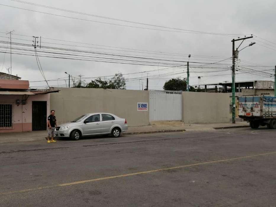 Se Vende 300 Metros de Esquinero