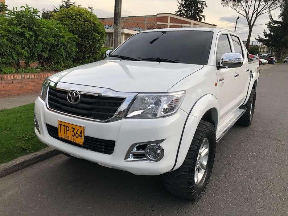 Toyota Hilux 2014 - 74000 km