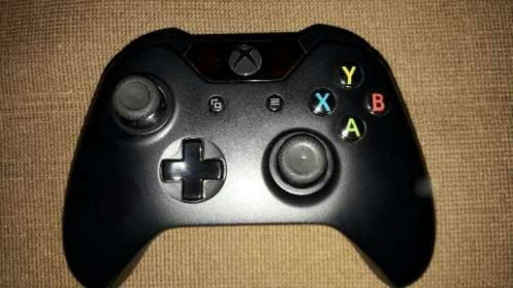 Vendo Control para Xbox One en Buen Esta
