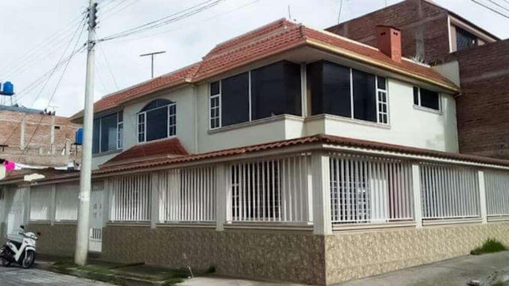 Vendo Casa Esquinera/riobamba