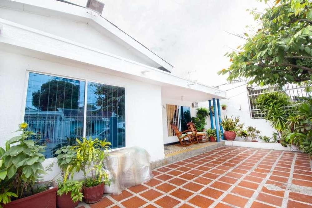 Venta de casa ubicada en el Barrio España