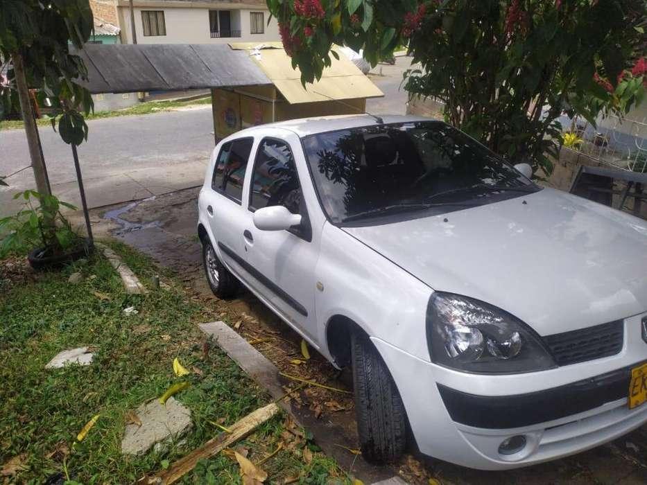 Renault Clio  2006 - 161000 km