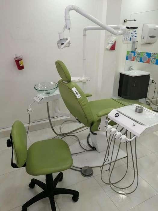 Higienista <strong>auxiliar</strong> en Odontologia