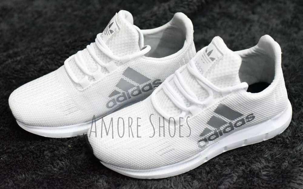 Calzado deportivos adidas
