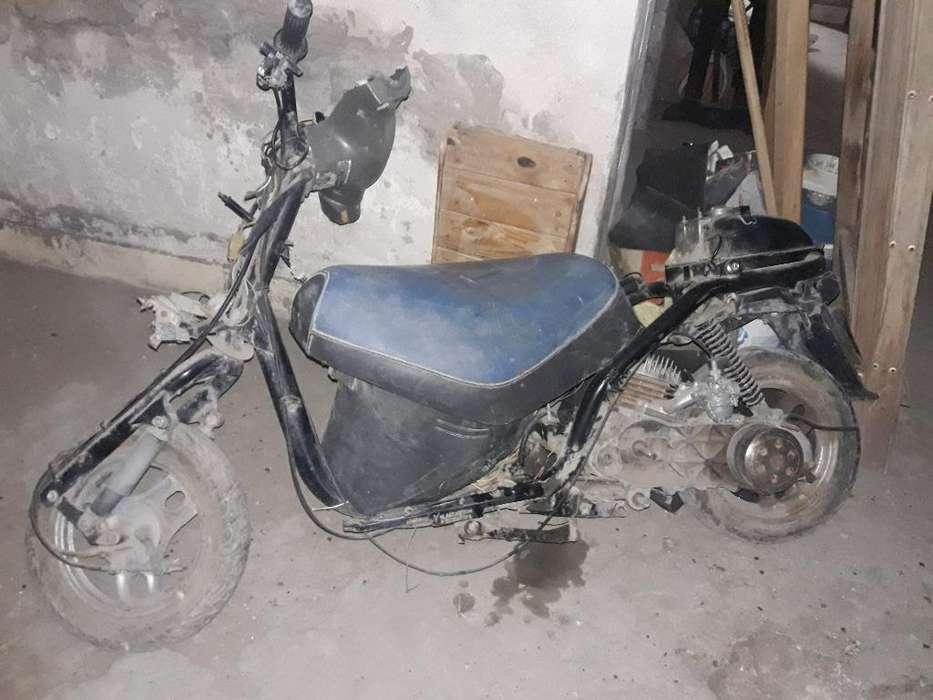 Vendo Moto Gurrero <strong>scooter</strong> a Armar