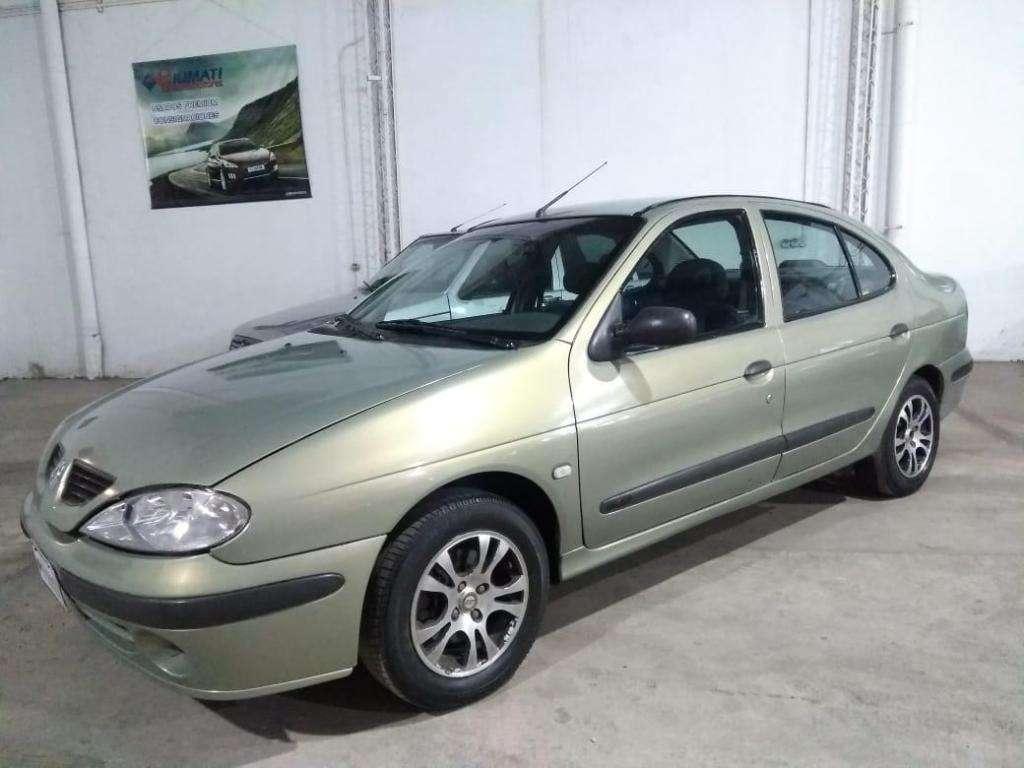 Renault Megane Tric. 1.6 Gnc. Año 2005 Muy buen estado.