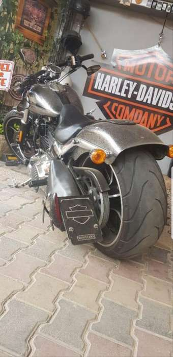 VENDO <strong>harley</strong> DAVIDSON BREAKOUT 2014