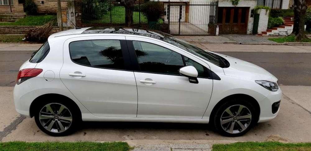 Peugeot 308 2017 - 25000 km