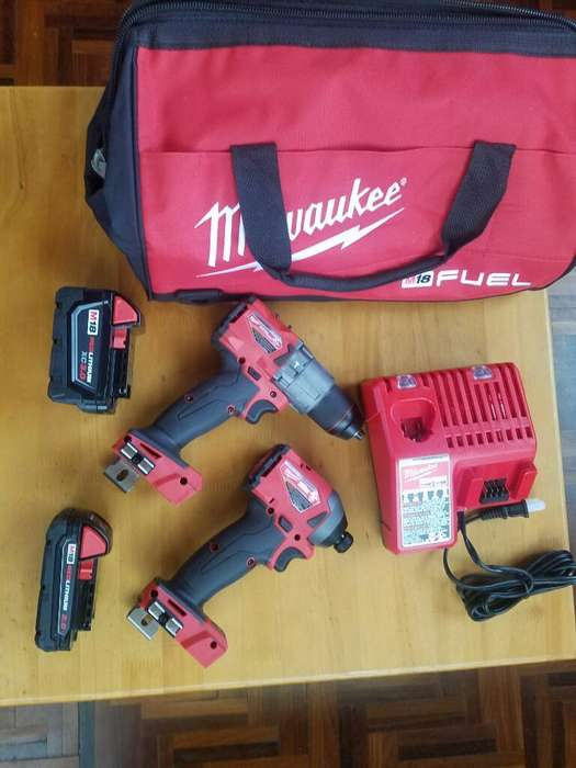 Set de Taladros Milwaukee Ultima Generac