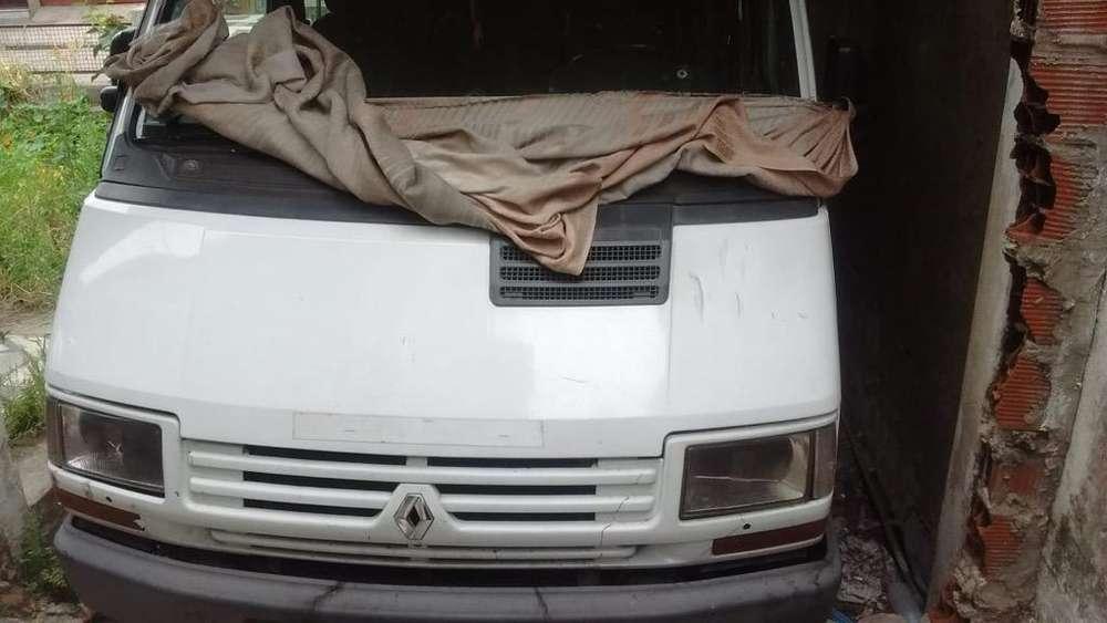 Vendo Trafic Renault 1.9 2002