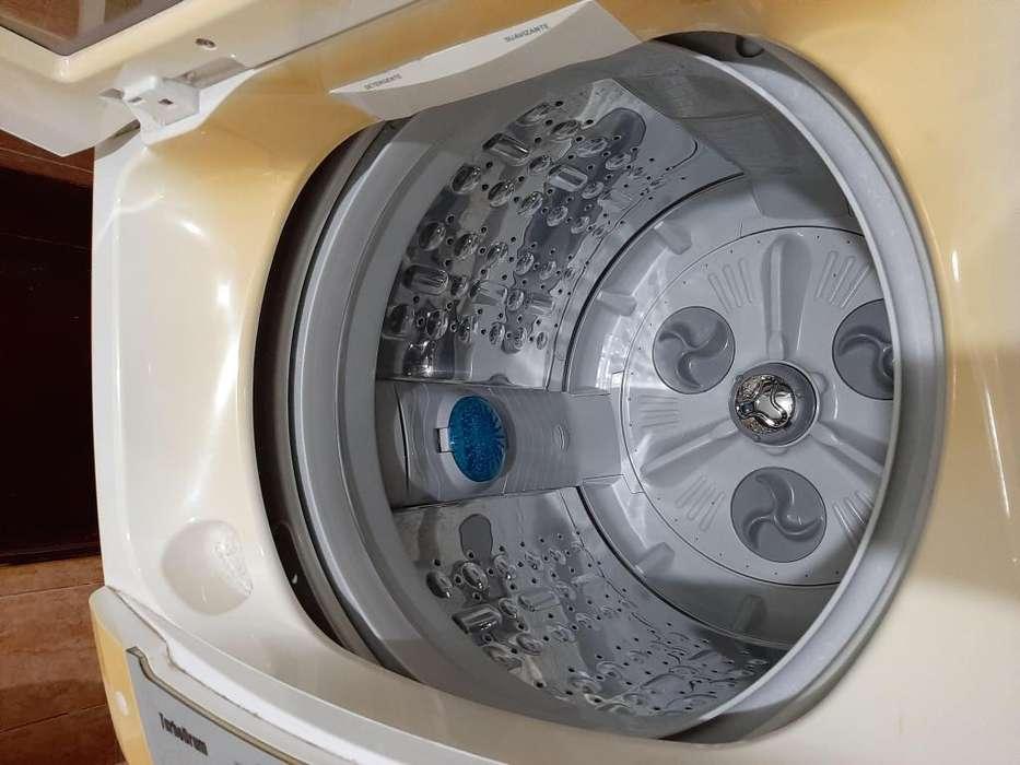 Vendo lavadora marca LG