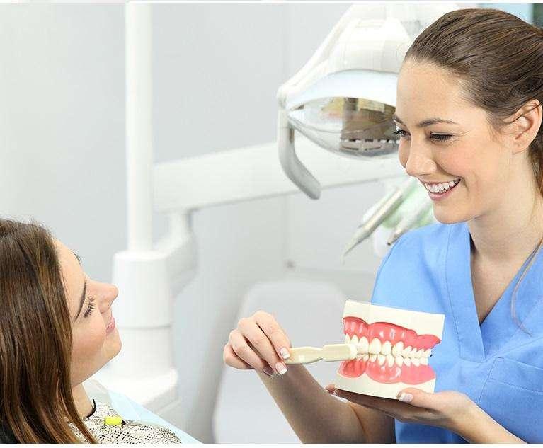 Higienista <strong>auxiliar</strong> en Odontologia en Cali