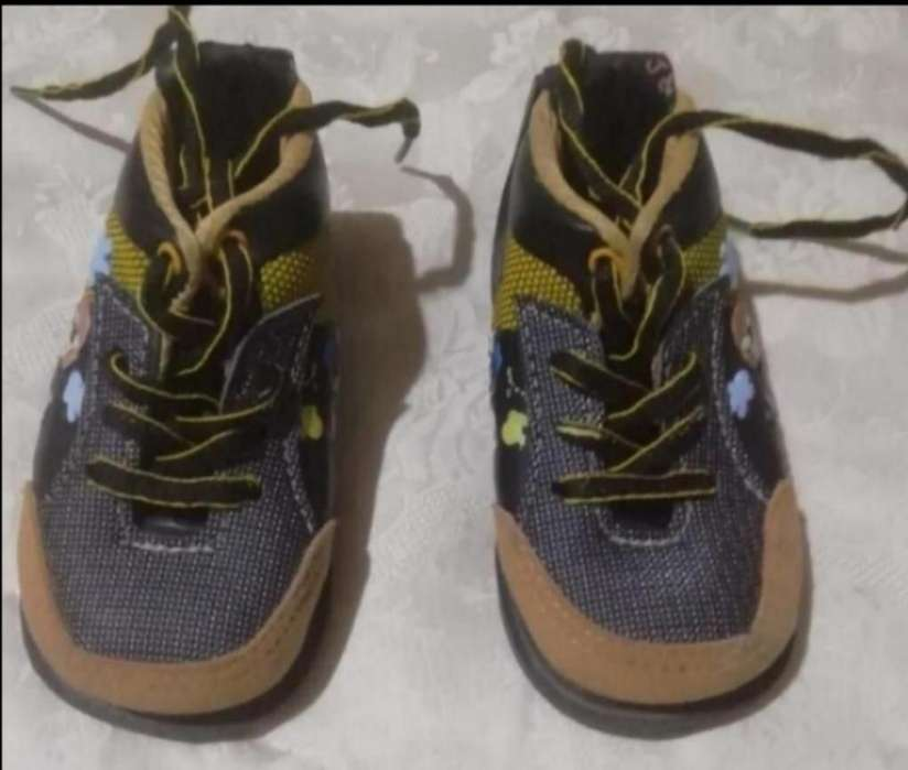 Zapatos Talla 22 (no Tuercen)