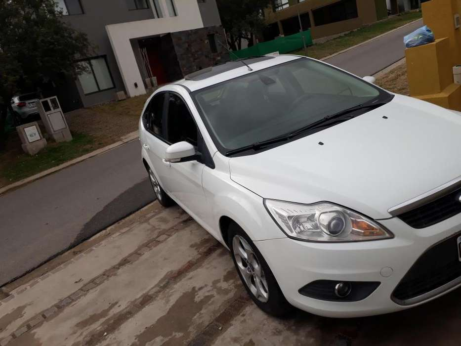 Ford Focus 2012 - 130000 km