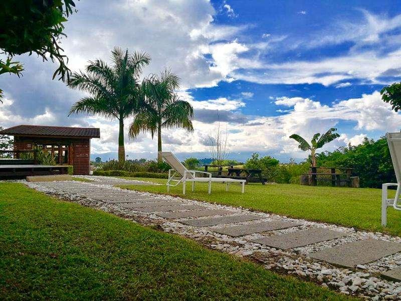 Cod. VBKWC-10401726 Casa Campestre En Venta En Pereira Tribunas