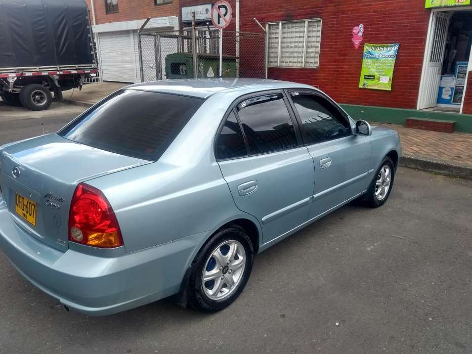 Hyundai Accent 2005 - 109300 km