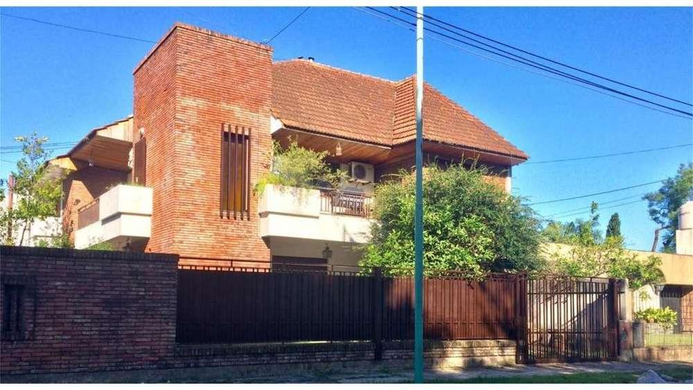 Juncal 300 - UD 300.000 - Casa en Venta