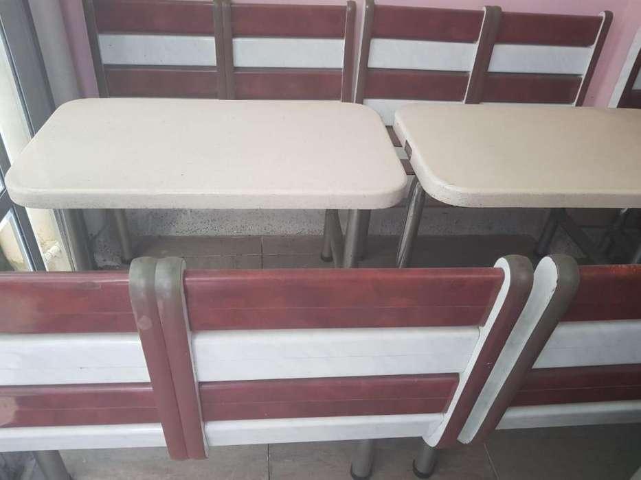 OFERTA!! 4 Juegos Mesas y sillas Wimpy en fibra de vidrio