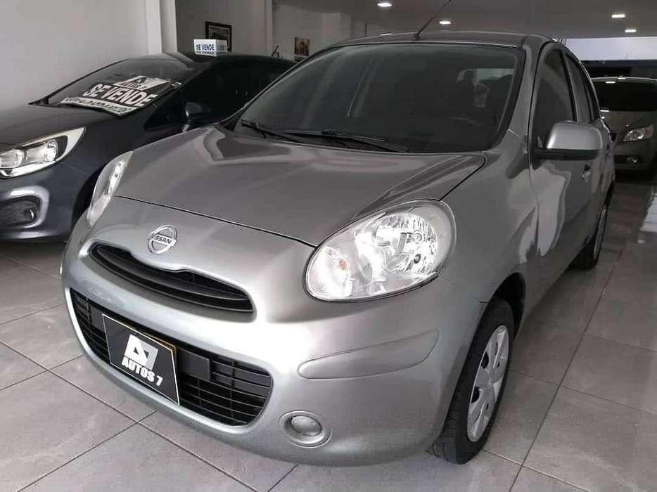Nissan March 2014 - 75000 km