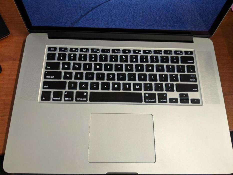 Apple MacBook Pro (Retina, 15-inch, 2013) Core i7 16GB 256GB SSD