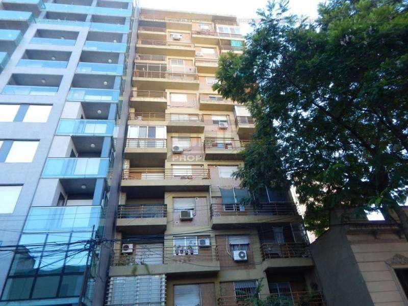 Paraguay 256 - Amplio Dpto de 1 Dormitorio. Alquila Uno Propiedades