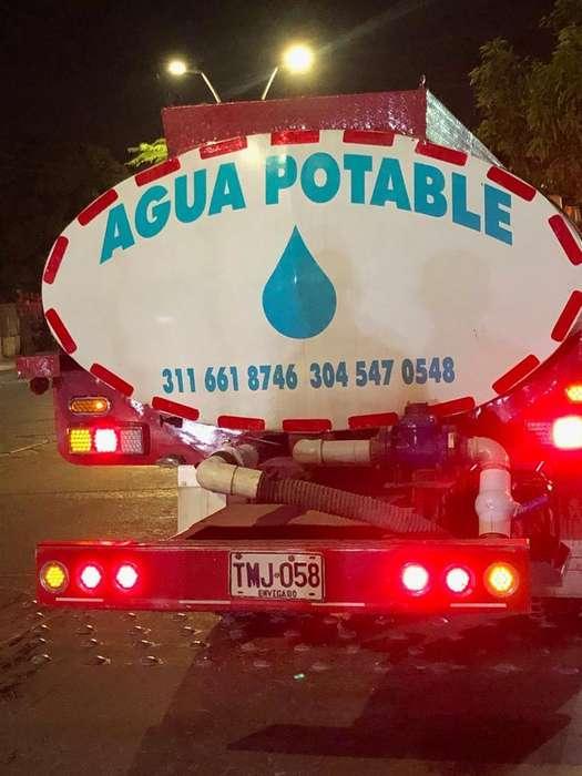 Suministro de Agua Potable en Carro Tanq