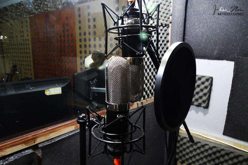 Studio de Grabación y Producción Sonora