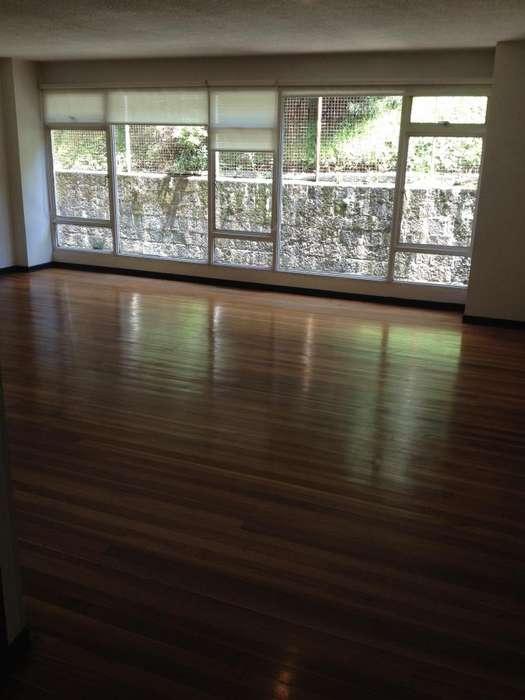 Chapinero Alto pisos madera maciza 92 mtsgaraje