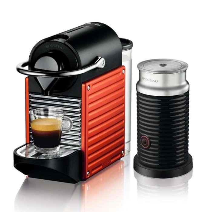 Cafetera Nespresso Pixie Roja Aeroccino cafetera express