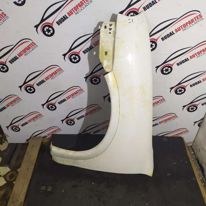 Guardabarro Delantero Izquierdo Chevrolet Corsa 2185 Oblea:Borrada