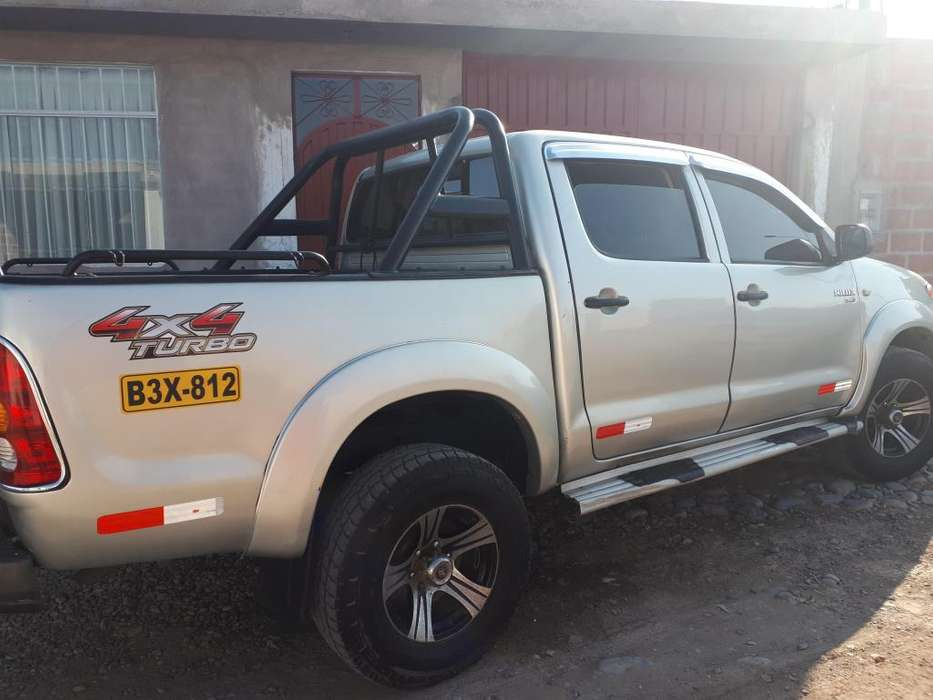 Toyota Hilux 2008 - 103500 km