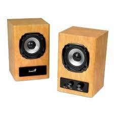 Unico parlante de madera con volumen tono y para auriculares
