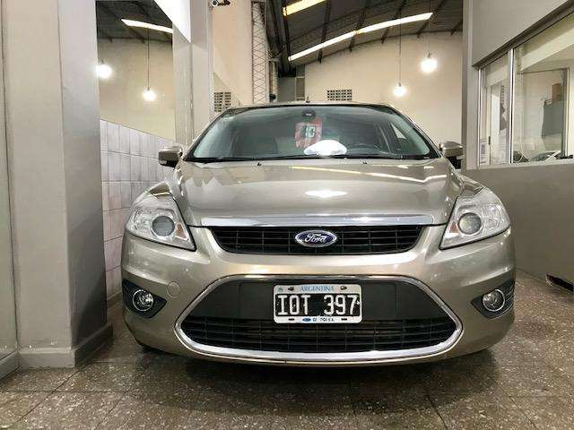 Ford Focus 2010 - 165000 km