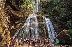 Viaje de promoción a la selva central para escolares Agencia de viaje Tour Peruano La Molina