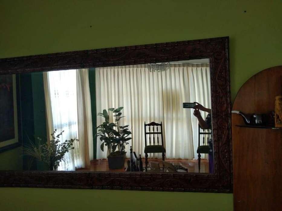 Espejo con marco de madera 97 cm x 190cm