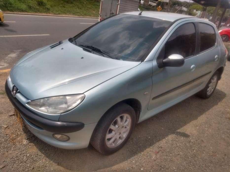 Peugeot 206 2005 - 120000 km