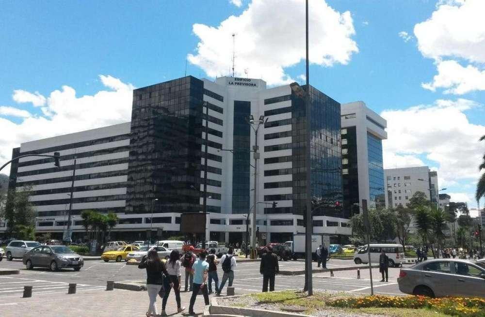 Local Comercial en Venta, en las Naciones Unidas y Avenida Amazonas, sector la Carolina