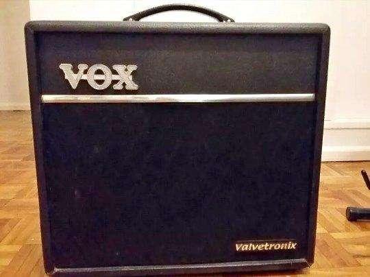 Amplificador Vox Valvetronix Vt40 Impecable Poco Uso oportunidad