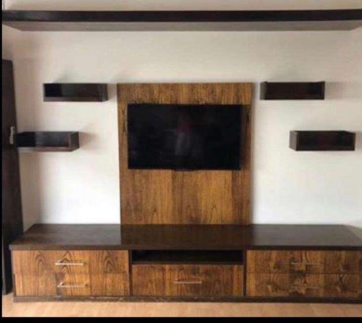Mueble para tv con cajones para vajilla