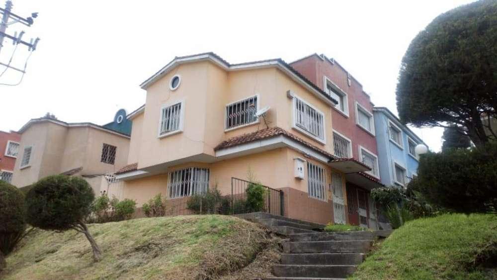 Se Vende Casa, Porton de Cadiz, San Blas, Simon Bolivar AY