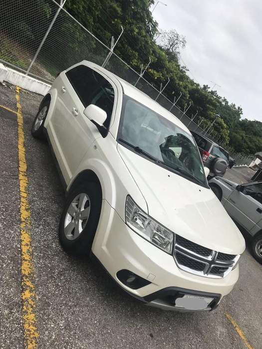 <strong>dodge</strong> Journey 2015 - 75342 km