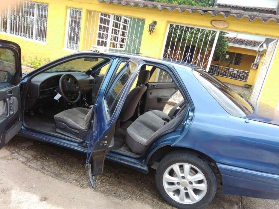 Hyundai Elantra 1993 - 137000 km
