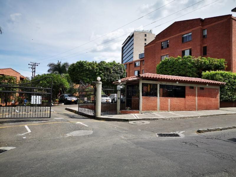 Apartamento En Arriendo En Ibague Conjunto Residencial Prados Del Norte Piso 1 Cod. ABPAI11471